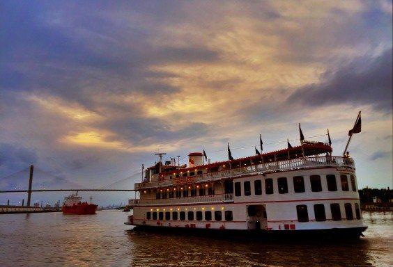A Busy Night on the Savannah