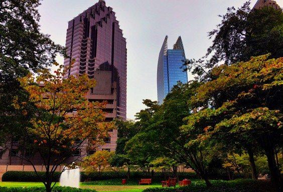 151002 Signs of Fall in Atlanta