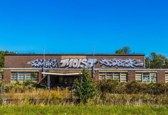 151015h-Moist