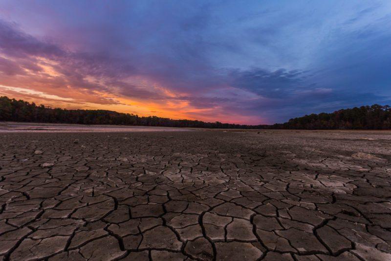 161111f-lake-purdy-drought-sunset