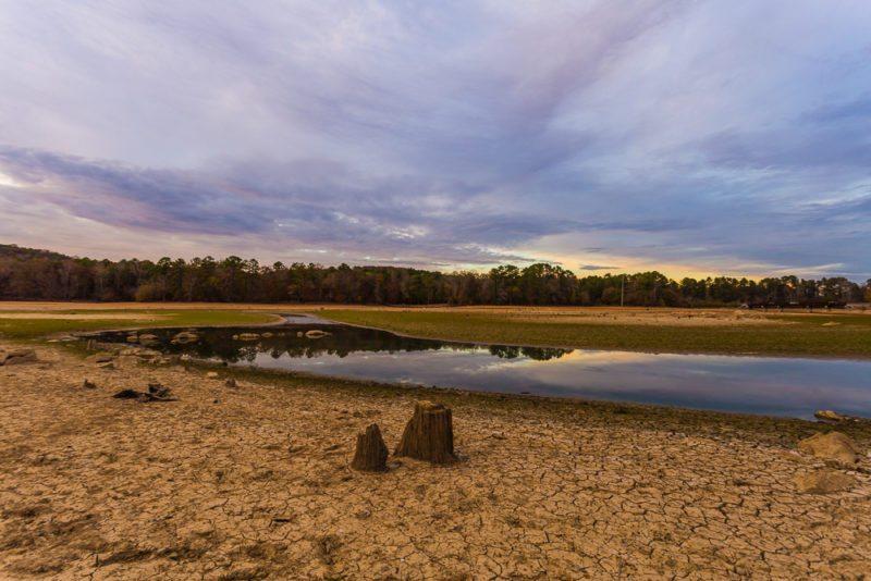161111g-lake-purdy-drought-sunset
