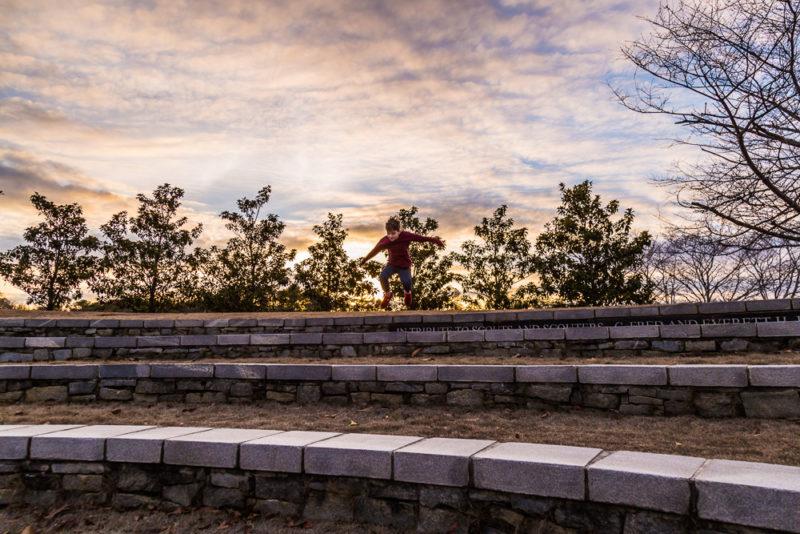 170109g-Sunset-Jumping