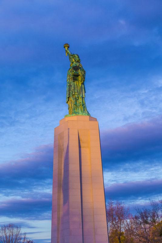 170109h-Liberty