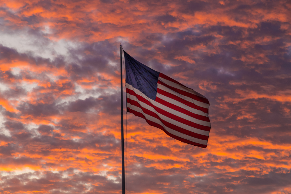 170910-Flag-in-the-Sunset-United-States-of-America-ALT-IMG_0238 s