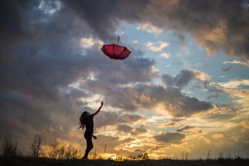 190207-Umbrella-Chase-at-Sunset-IMG_5027 s