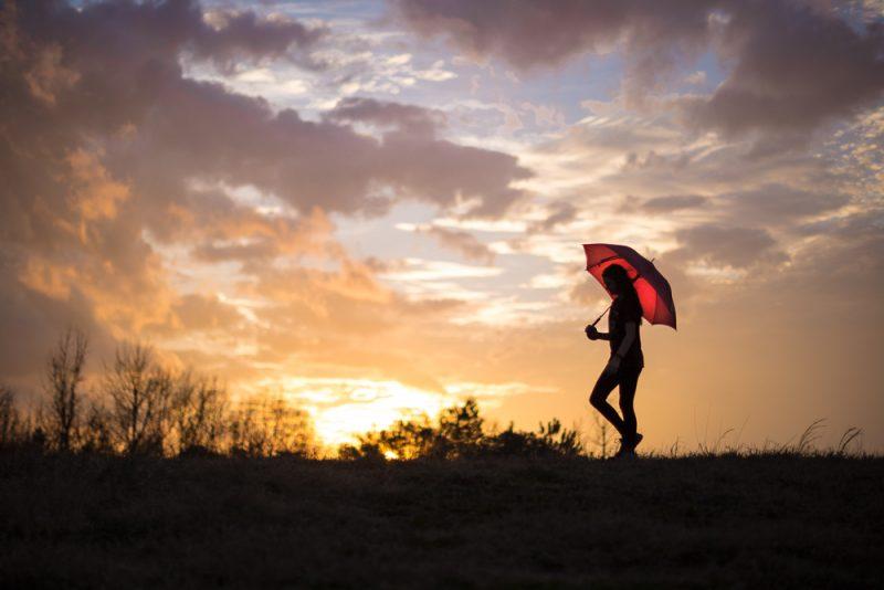 190207-Umbrella-Chase-at-Sunset-IMG_5102 s