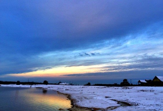A Snowy Sunrise on Lake Eufaula