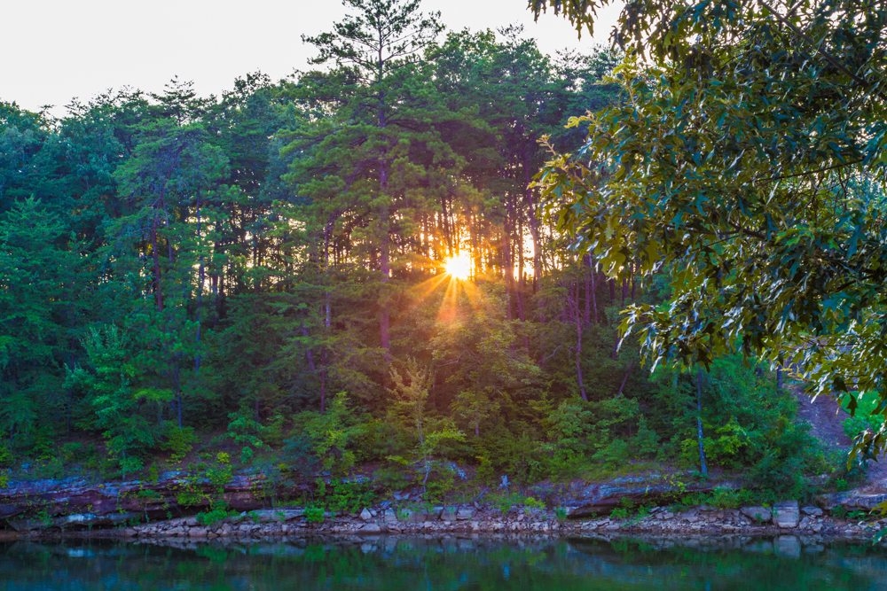 150808c-Sunbeams-on-Smith-Lake