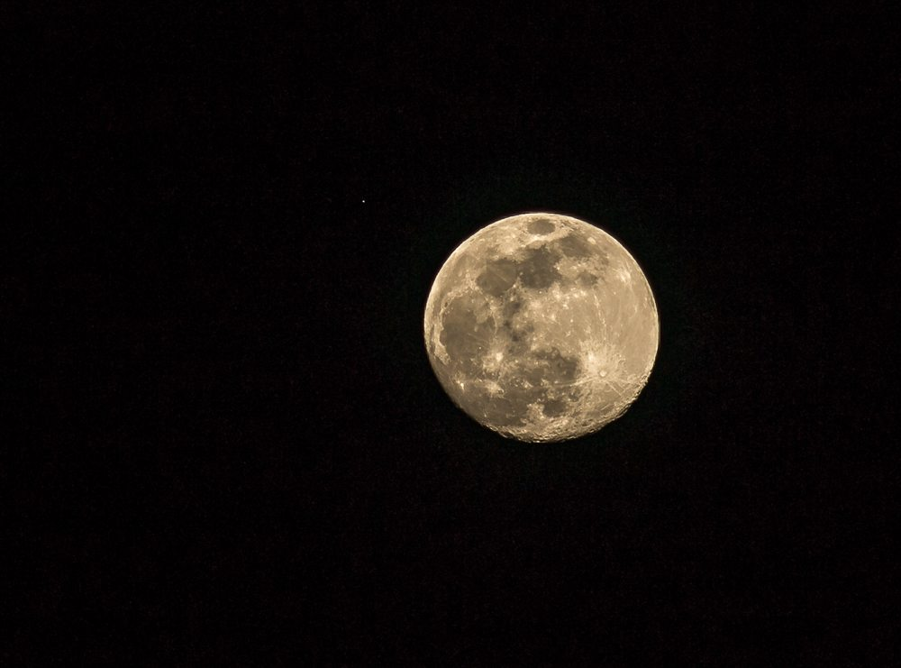 160519mALT-Moons