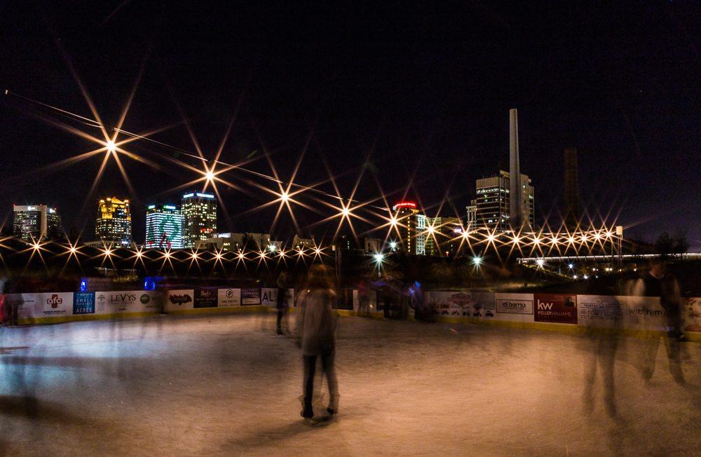 161202-ice-skating-at-railroad-park