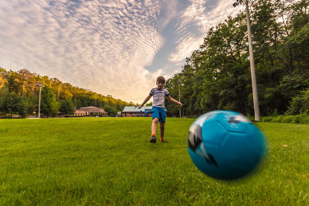 170803c-Soccer-at-Sunset_MG_0409 s