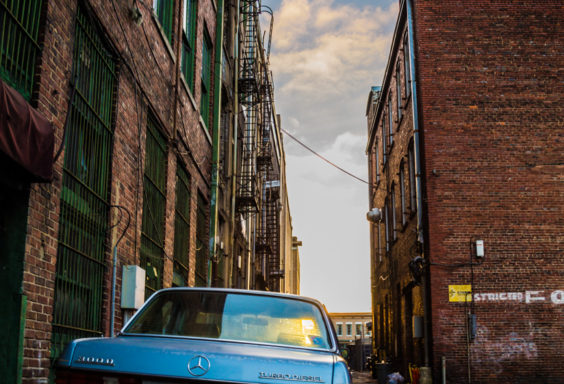 171221 Mercedes in the Alley IMG_7872