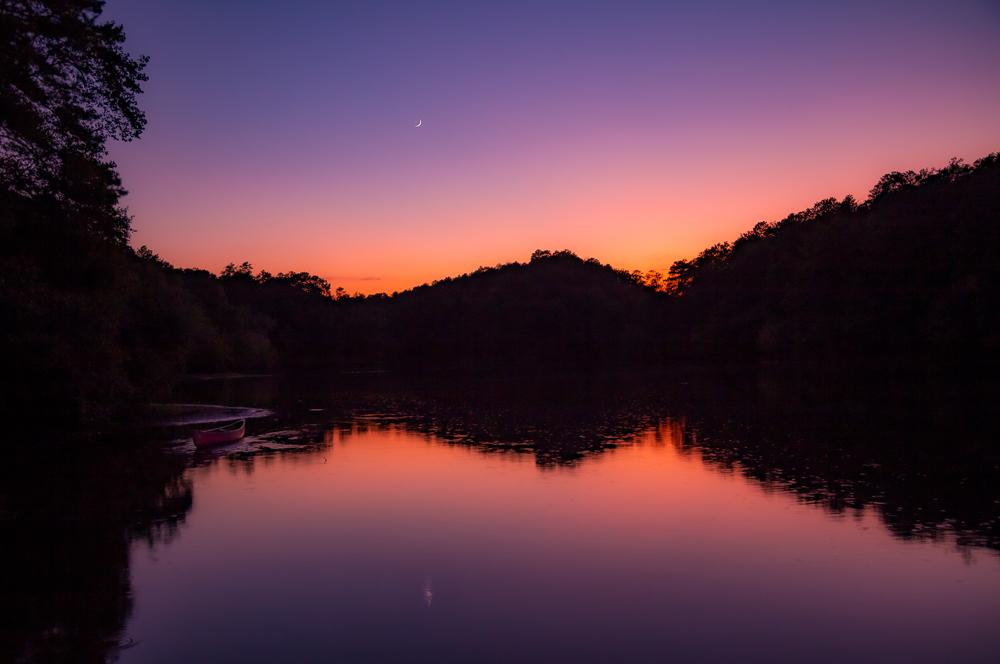 191001-moon-over-lavender-lake-oak-mountain-IMG_6175 S