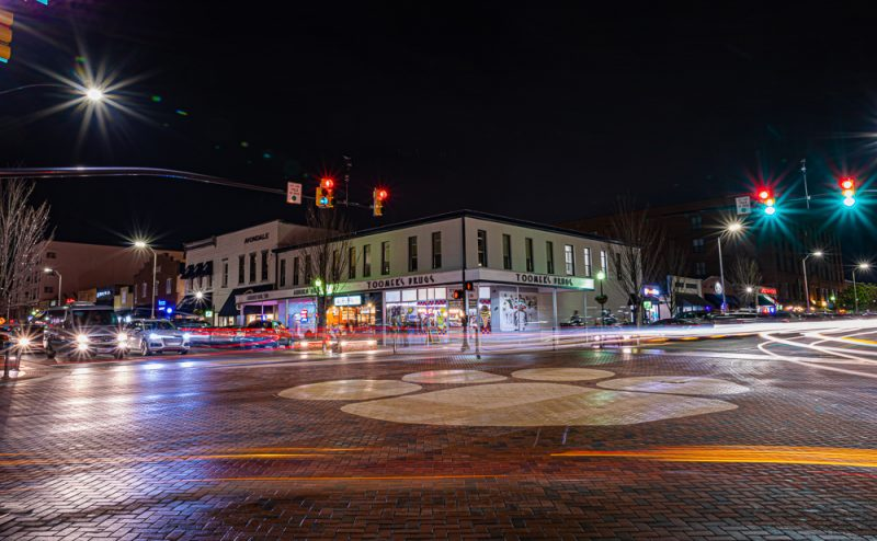 200118 auburn toomers corner at night 2M7A2304 s