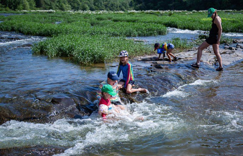 200602 Owens Girls at Cahaba River IMG_5387 s