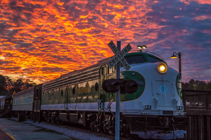 171216 Train in the Sunsets_4 web r