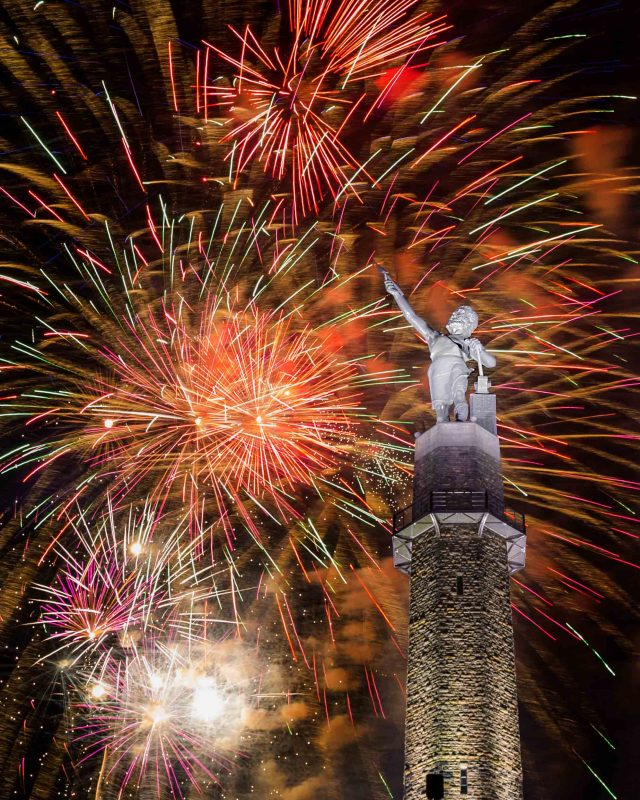 180704-Fireworks-at-Vulcan-IMG_9376 web
