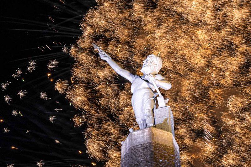 210704-vulcan-fireworks-RZC_6596 r