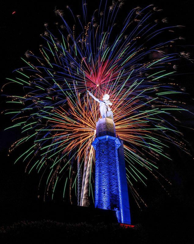 210704-vulcan-fireworks-RZC_6792 r